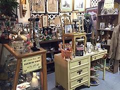 chicago Antique store
