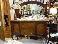 Ms. Wendy's Antiques photo 1