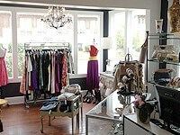 One Savvy Design Consignment Boutique photo 1