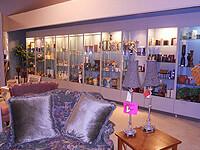 kansas Furniture Consignment store
