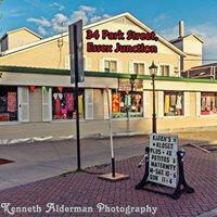 Karen's Kloset Womens Consignment shop