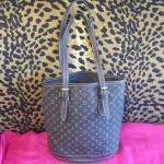Louis Vuitton~ Buckets/ Pouchette, Monogram, Brown, Fabric, Double Handle. For Sale