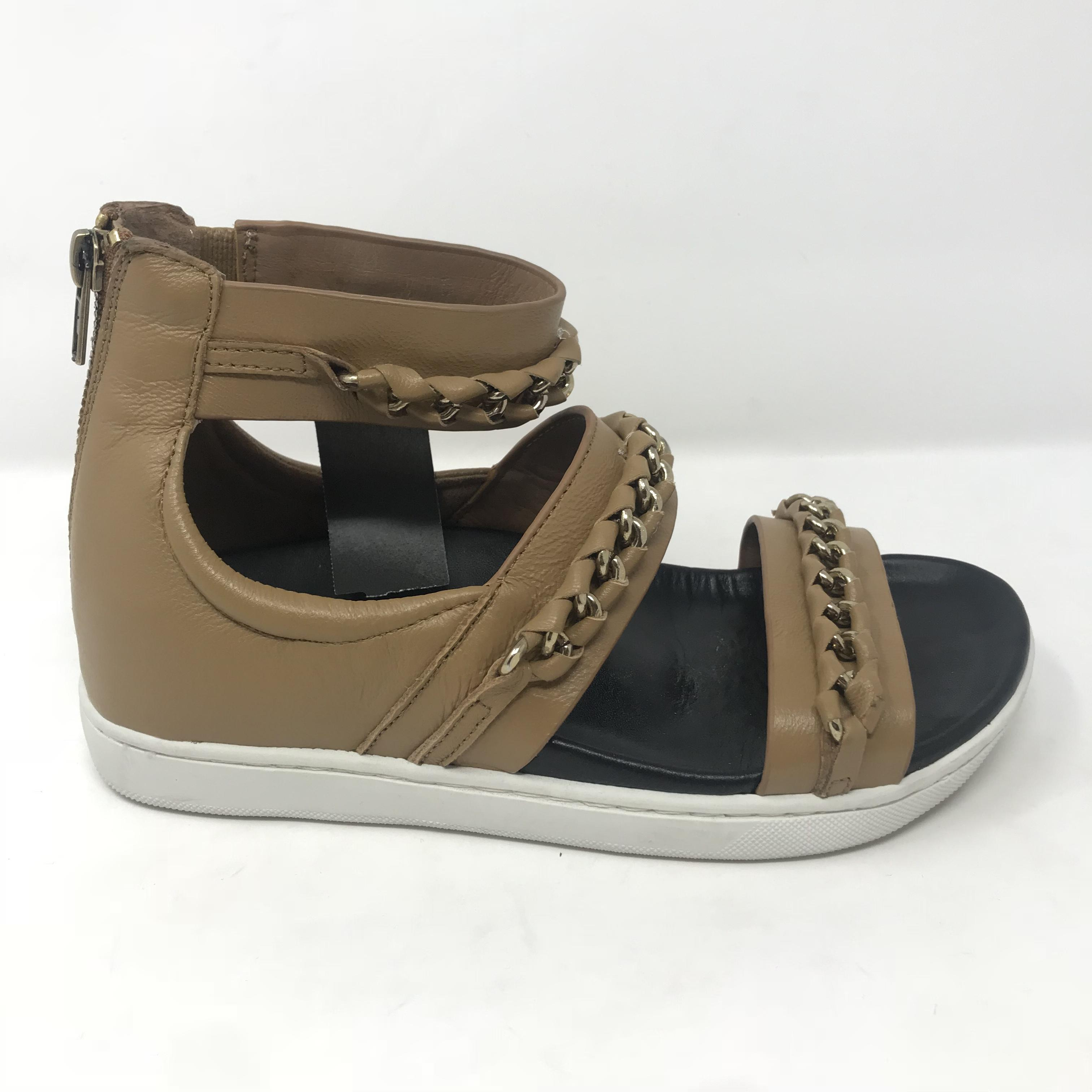A7EIJE Shoes Price: $136.99