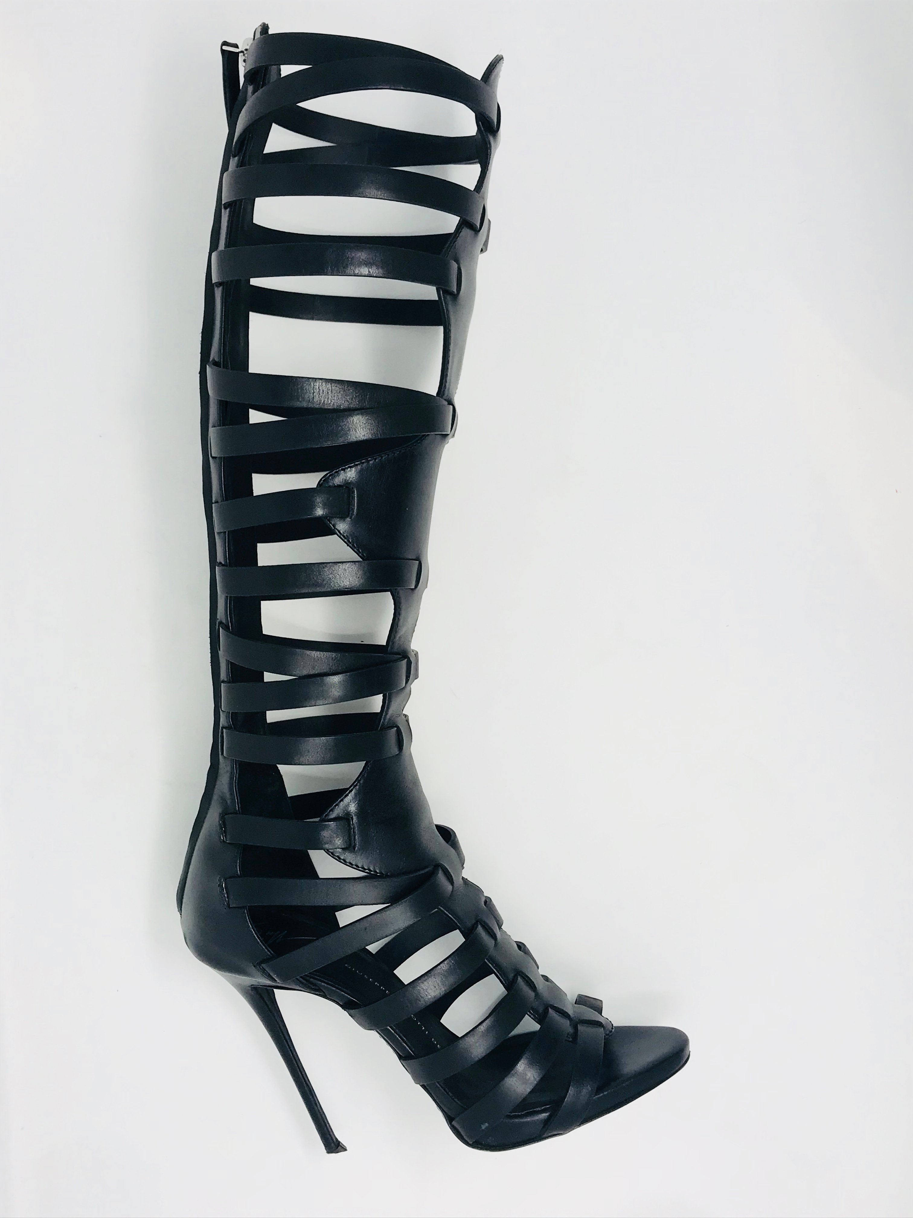 Giuseppe Shoes Price: $267.99
