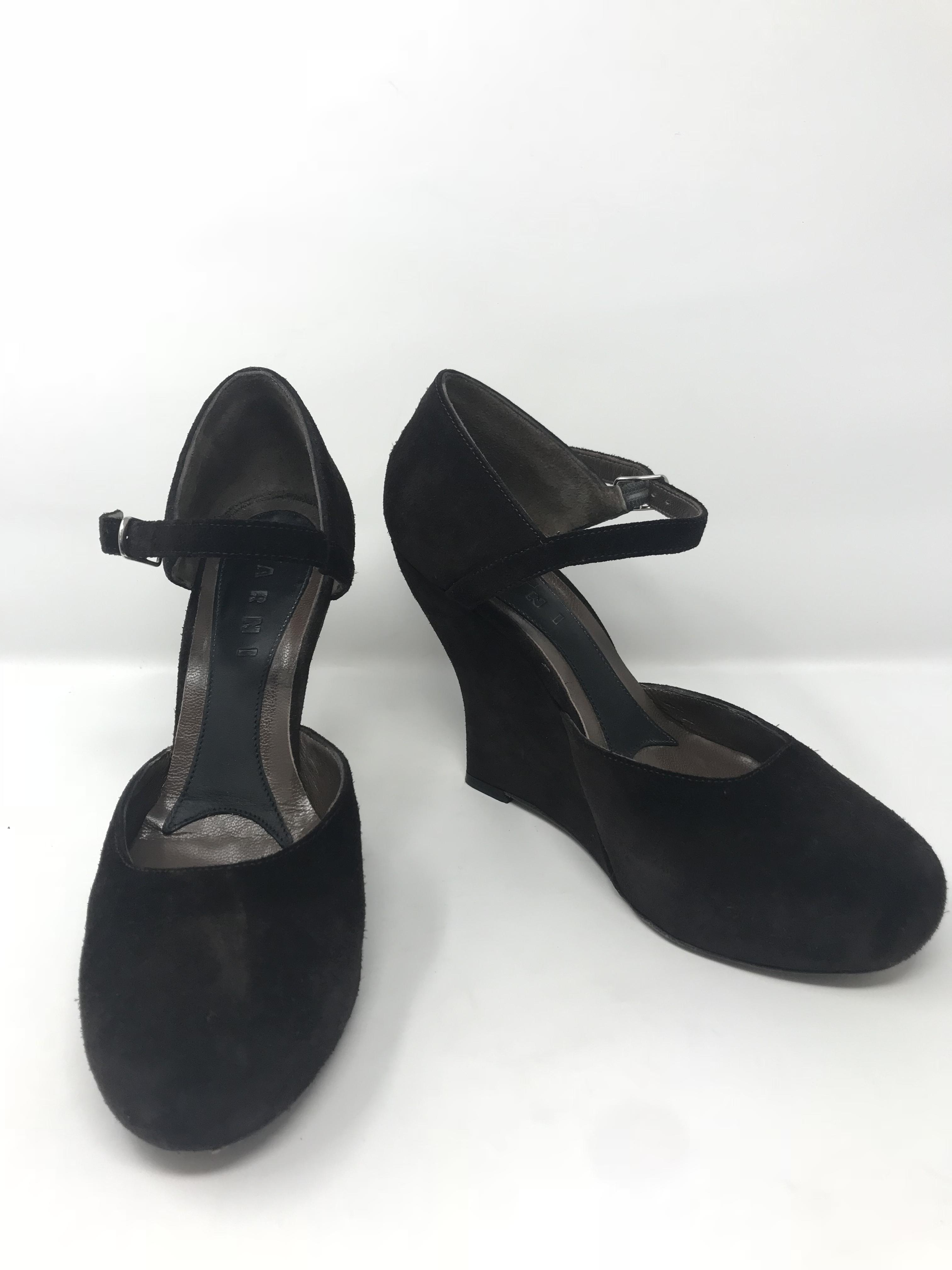 Marni Shoes Price: $89.99
