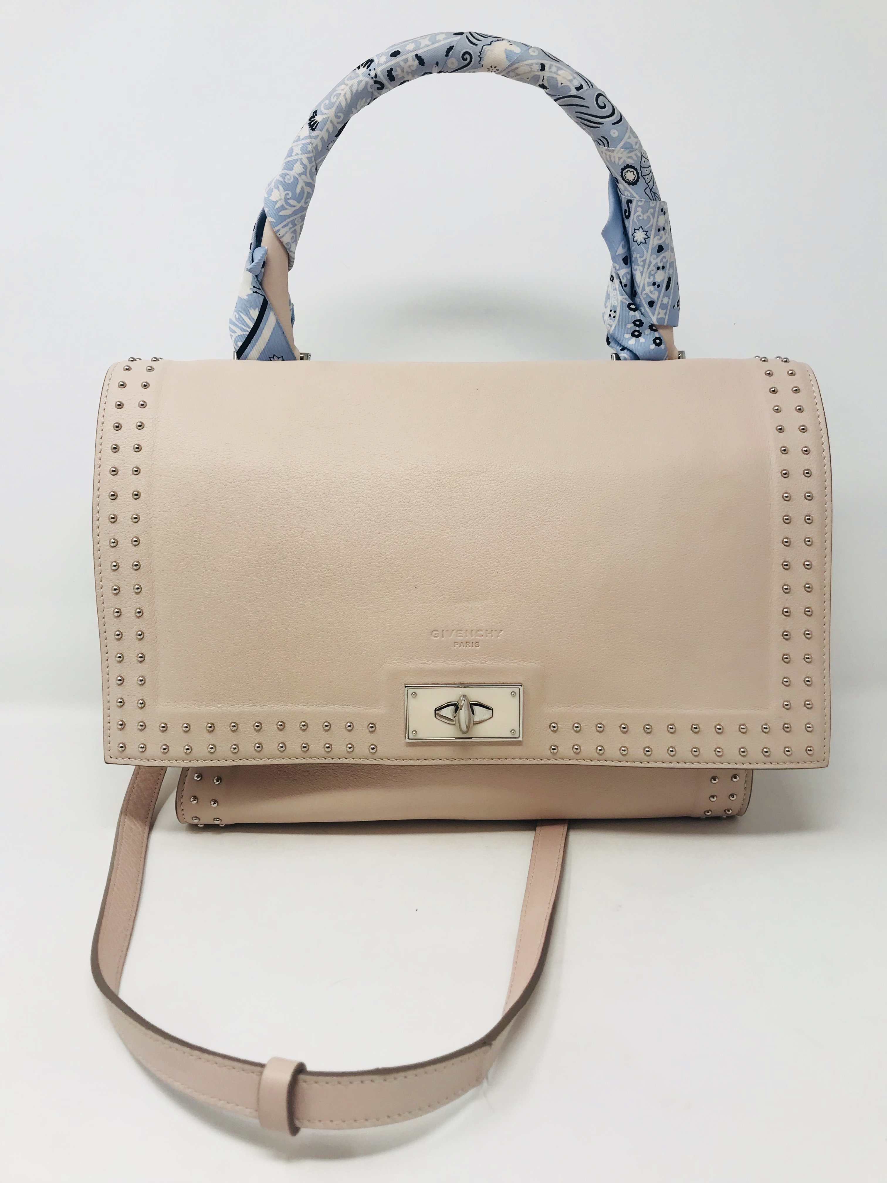 Givenchy Purses, Handbags Price: $895.99